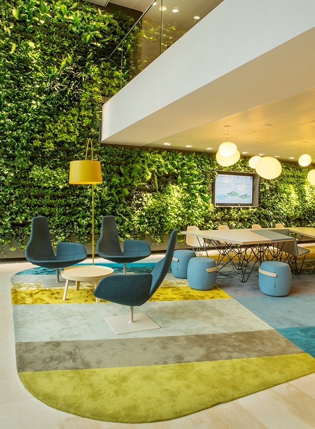 Nuon-Office-Green-Wall-Heyligers-Architectism
